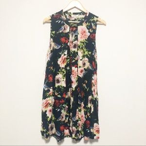 Umgee Graphic Floral Sleeveless Keyhole Dress